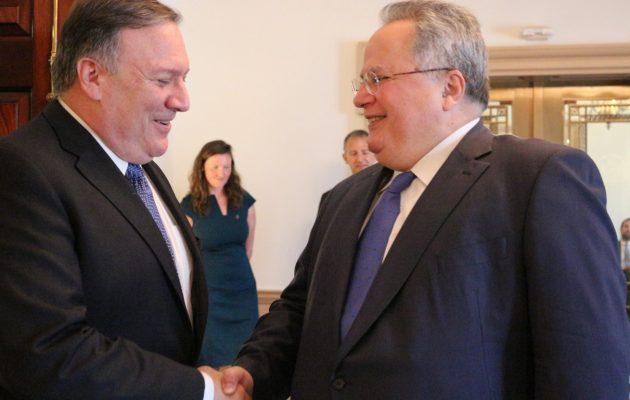 Πόμπεο σε Κοτζιά: «Επαινώ τον ηγετικό ρόλο της Ελλάδας σε Βαλκάνια και Αν. Μεσόγειο»