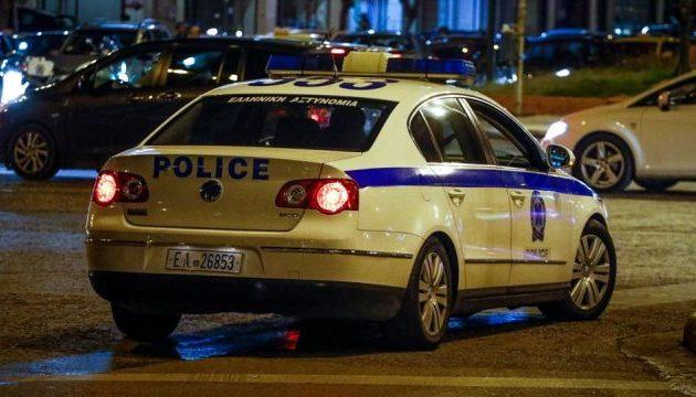Έγκλημα στη Νέα Σμύρνη: Επί 3 μέρες βρισκόταν δίπλα στο πτώμα της μητέρας του