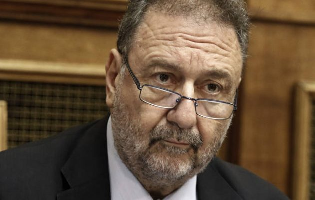 Πιτσιόρλας: Επιβάλλεται να αρθούν τα capital controls