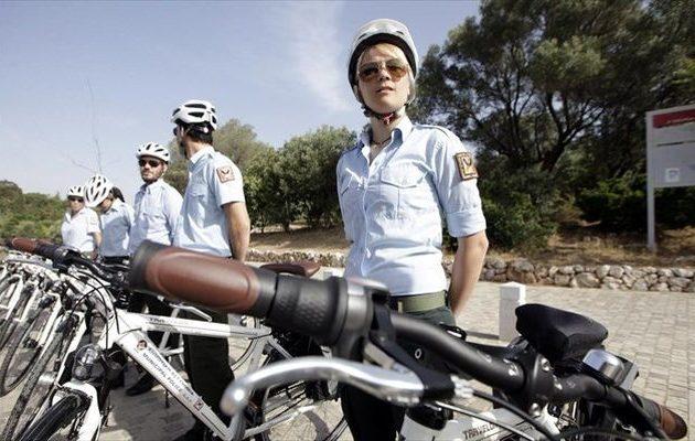 Ξεκινά η αστυνόμευση με ποδήλατα σε Χίο και Μυτιλήνη