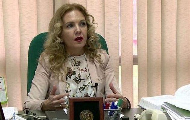 Καθηγήτρια στα Σκόπια: Θα παραδοθούμε στην Ελλάδα τον Αύγουστο όταν θα είμαστε διακοπές