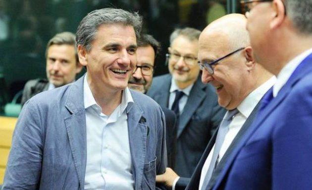 Πρώτο θέμα στην ατζέντα του Eurogroup η Ελλάδα – Μοσκοβισί: Ώρα για ελάφρυνση χρέους