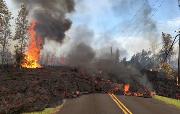 Πύρινος τρόμος από το ηφαίστειο Κιλαουέα στη Χαβάη (βίντεο)