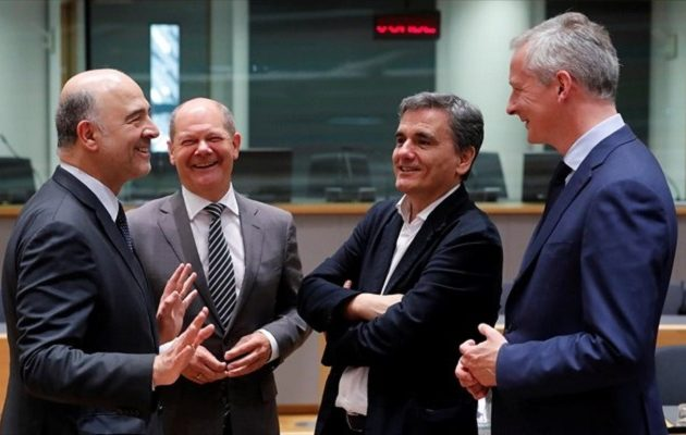 Ώρα μηδέν για το χρέος: Τριμερής συνάντηση Ελλάδας, Γαλλίας, Γερμανίας στο περιθώριο του Eurogroup