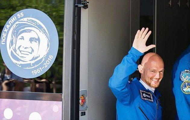 Αυτός είναι ο Γερμανός «άστρο-Άλεξ» που ετοιμάζεται να εκτοξευτεί με το ρωσικό διαστημόπλοιο