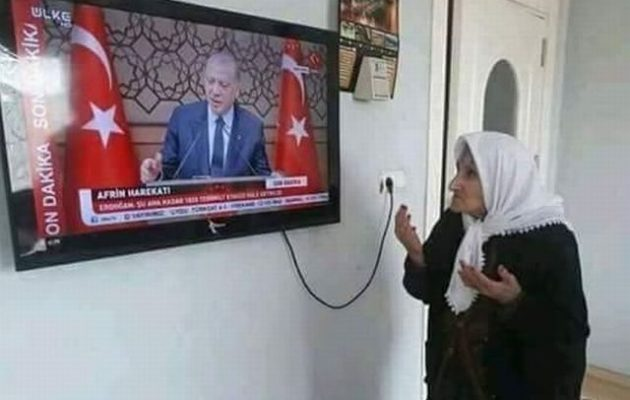 Όργιο νοθείας στην Τουρκία – Γεμίζουν τις κάλπες με ψηφοδέλτια του Ερντογάν