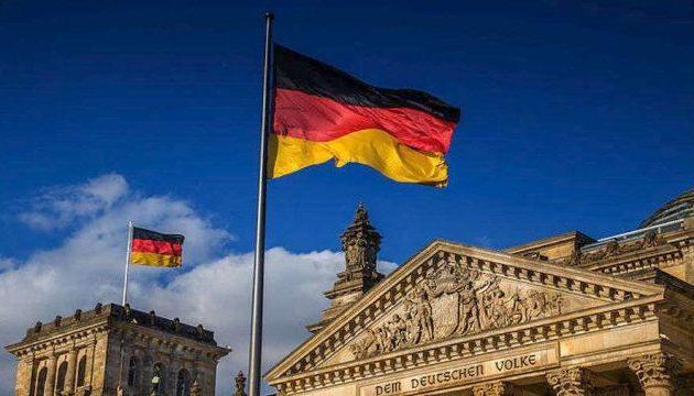 Ύφεση 7,1% στη Γερμανία – Δύο χρόνια για να ανακάμψει η οικονομία της