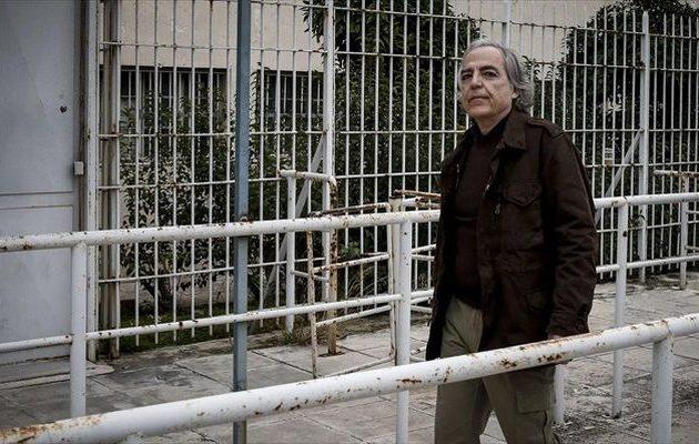 Σταματά την απεργία πείνας ο Κουφοντίνας – Εγκρίθηκε το αίτημά του για 48ωρη άδεια