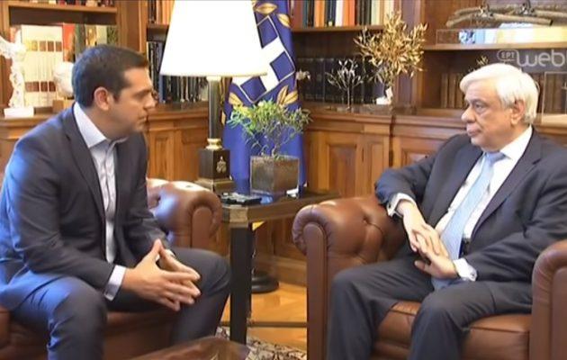 Προαναγγελία… γραβάτας από Τσίπρα: Νέα σελίδα για τη χώρα μετά την ιστορική συμφωνία