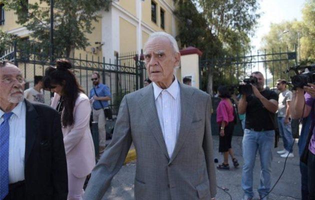 Τι είπε ο Άκης Τσοχατζόπουλος βγαίνοντας από τα δικαστήρια της Ευελπίδων (βίντεο)
