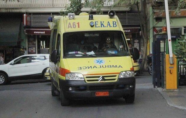Ομάδες αλλοδαπών έπαιξαν ξύλο στο Μοναστηράκι – Τρεις τραυματίες