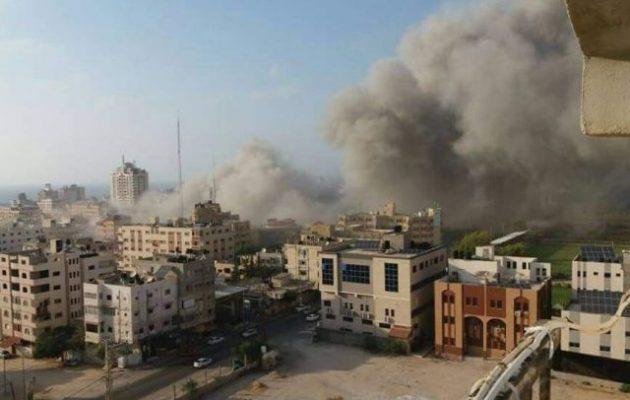 Το Ισραήλ σφυροκοπά τους φιλότουρκους τρομοκράτες της Χαμάς στη Γάζα