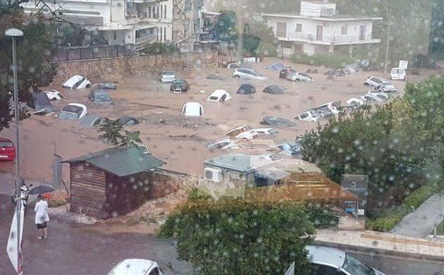 Ιδού τι συνέβη στο Μαρούσι-Βενετία του Πατούλη μετά από μιάμιση ώρα έντονης βροχής (φωτο)