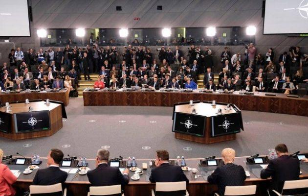 «Καρφιά» Τσίπρα σε Τουρκία και Ρωσία στην παρέμβασή του στο δείπνο του ΝΑΤΟ