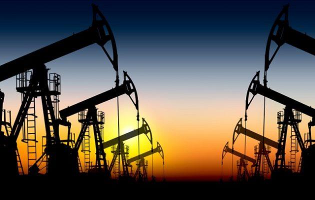 Σε ελεύθερη πτώση η τιμή του πετρελαίου –  Βουτιά 5%