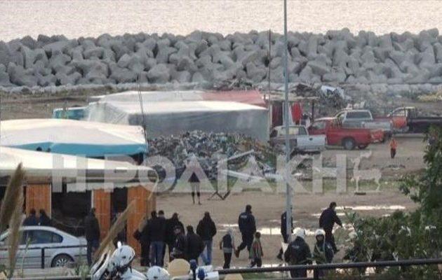 Συναγερμός στη Ρόδο: Ένοπλοι «γάζωσαν» καταυλισμό Ρομά, πολλοί τραυματίες