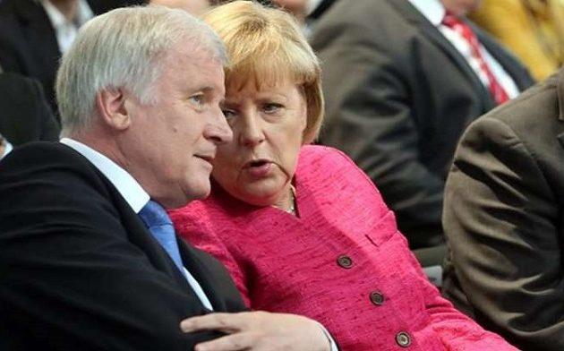 Δημοσκόπηση-«χαστούκι» για τον συνασπισμό Μέρκελ-Ζεεχόφερ – Πλήρης κατάρρευση