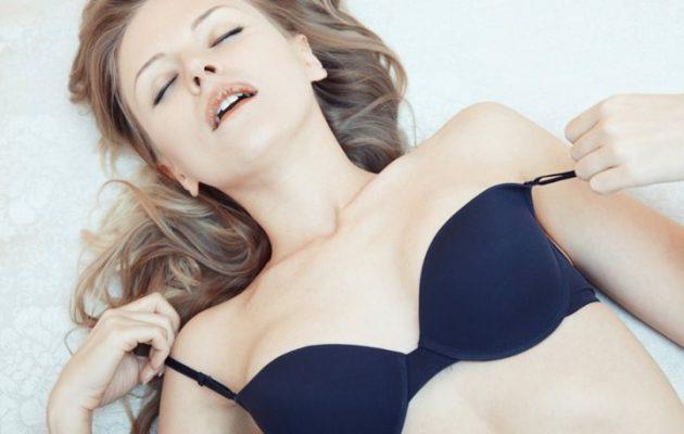 Επιστημονική έρευνα: Ο στοματικός έρωτας διώχνει τη γυναικεία κατάθλιψη