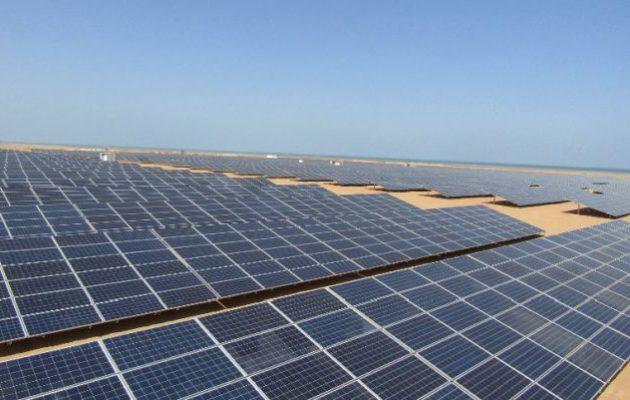 Το μεγαλύτερο ηλιακό πάρκο στον κόσμο δημιουργεί η Αίγυπτος