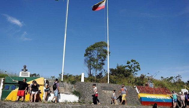 Deutsche Welle: Συνθήκες Ειδομένης στα σύνορα Βενεζουέλας – Βραζιλίας