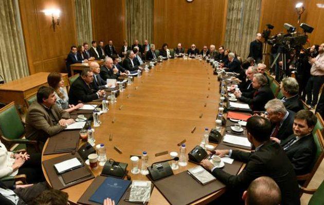Το σενάριο των 10 υπουργείων και ο ανασχηματισμός