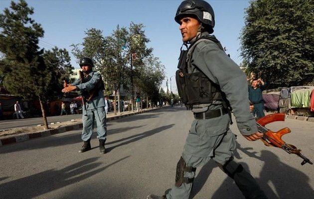Ένοπλοι επιτέθηκαν σε κέντρο των υπηρεσιών πληροφοριών στην Καμπούλ