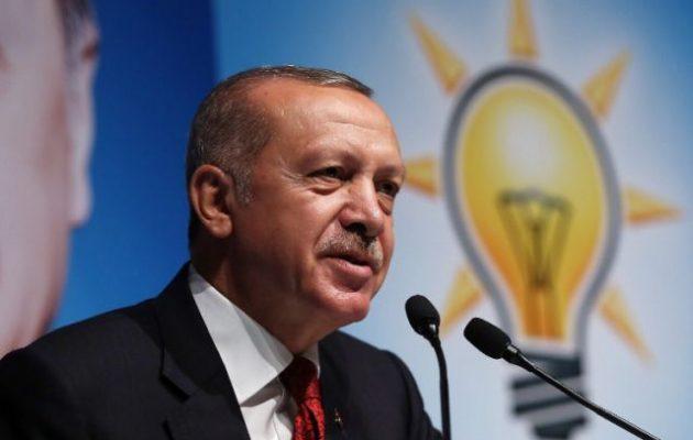 «Ο Τραμπ απείλησε την Τουρκία», λέει ο Ερντογάν – «Δεν είμαστε υπηρέτες, είμαστε 81 εκ. λαός»