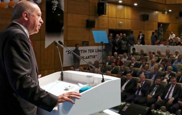«Παραπονούμενος» ο Ερντογάν: «Οι ΗΠΑ μας γύρισαν την πλάτη – Συνεχίζουμε με αποφασιστικά βήματα»