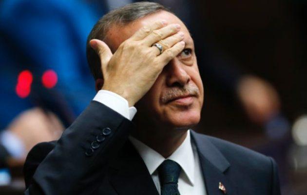 Ο Ερντογάν καλείται να επιλέξει εάν θα μείνει με τις ΗΠΑ ή θα πάει με τη Ρωσία
