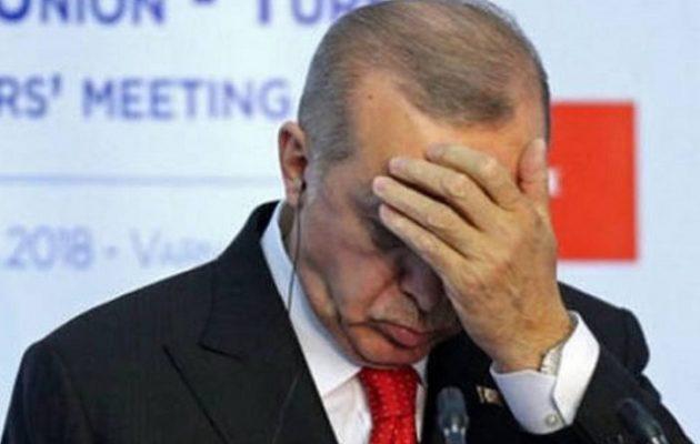 Νέο «χαστούκι» Moody's στον Ερντογάν – Υποβαθμίζονται 20 τουρκικές τράπεζες