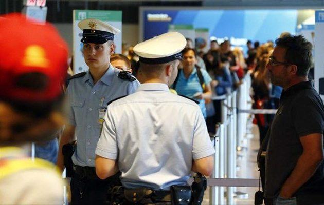Γερμανία: Τον απέλασαν κατά λάθος, τον γύρισαν πίσω και… βλέπουμε