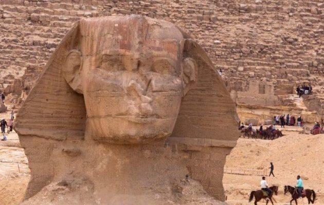 Μια δεύτερη Σφίγγα ανακαλύφθηκε θαμμένη στην έρημο μεταξύ των ναών του Καρνάκ και του Λούξορ