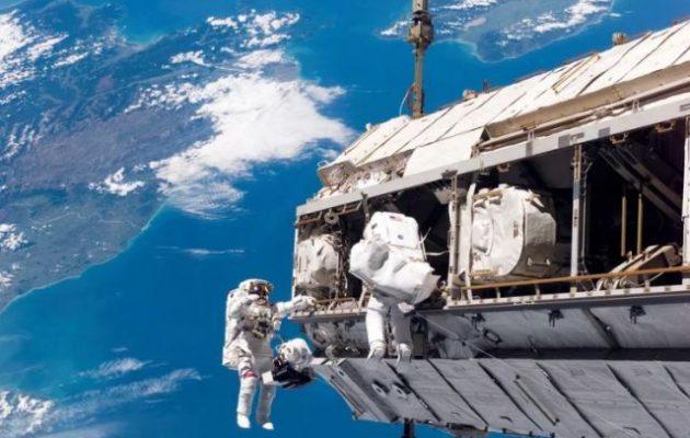 Μικρόβια επιβίωσαν εκτεθειμένα στο διάστημα στο εξωτερικό του ISS