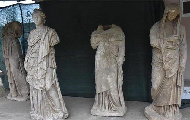 Τρίβουν τα χέρια τους οι Τούρκοι: Βρήκαν ελληνικά αγάλματα-αριστουργήματα (φωτο)