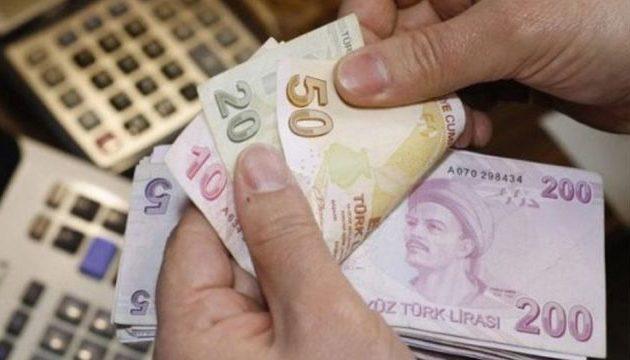 Νέο μακροβούτι διαρκείας κάνει η τουρκική λίρα