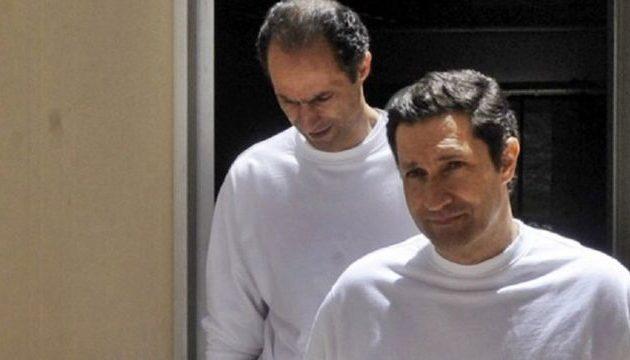 Άφησαν ελεύθερους τους δύο γιους του Χόσνι Μουμπάρακ στην Αίγυπτο – Γιατί κρατούνταν