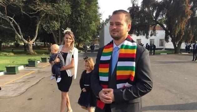 Ποιος είναι ο Έλληνας που ανέλαβε υφυπουργός στην κυβέρνηση της Ζιμπάμπουε
