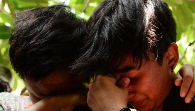 Ινδικό γκέι παιδιά που χρονολογούνται ραντεβού με την Agentur Berlin