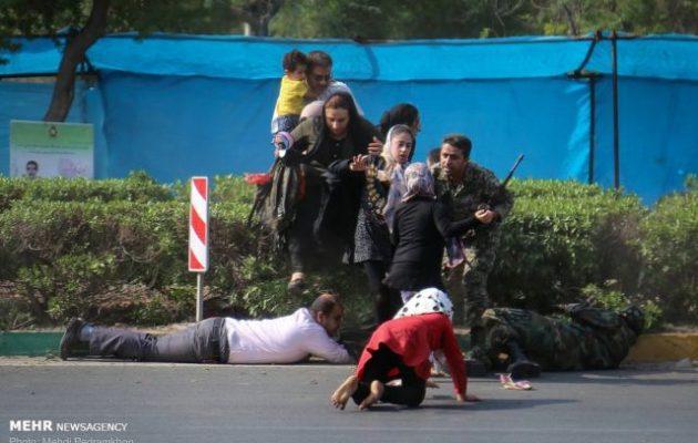 Μακελειό σε παρέλαση στο Ιράν – Ένοπλοι άνοιξαν πυρ πάνω σε στρατιωτικούς και πολίτες – Πολλοί νεκροί (βίντεο)