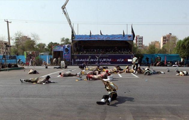 Το Ισλαμικό Κράτος ανέλαβε την ευθύνη για την πολύνεκρη επίθεση στην Αχβάζ του Ιράν