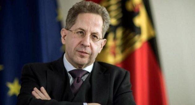 H Mέρκελ «ξήλωσε» τον επικεφαλής των μυστικών υπηρεσιών της Γερμανίας