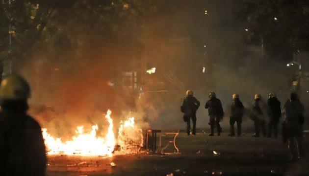 Εισαγγελέας ζητά τη σύλληψη τριών αστυνομικών της ΥΑΤ και του διοικητή τους