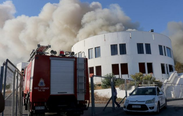 Έσβησε η φωτιά στο Πανεπιστήμιο Κρήτης  – Έρευνες για επικινδυνότητα του καπνού