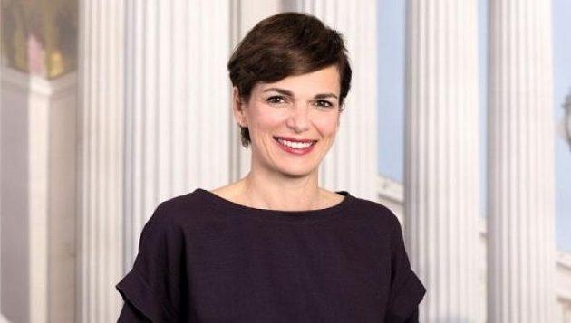 Πρώτη γυναίκα αρχηγός στο αυστριακό Σοσιαλδημοκρατικό κόμμα μετά από 130 χρόνια