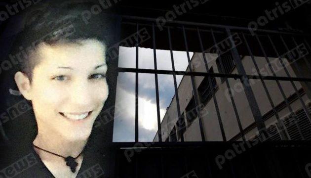 Τραγικός θάνατος για 21χρονη – Βρέθηκε κρεμασμένη στο κρατητήριο του ΑΤ Πεντέλης