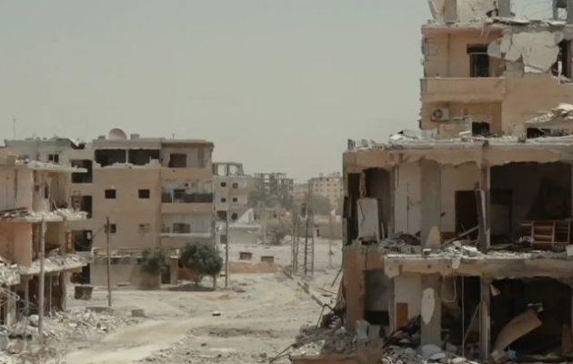 2.600 πτώματα βρέθηκαν σε ομαδικούς τάφους στη Ράκα – Το Ισλαμικό Κράτος εκτελούσε γυναίκες και παιδιά