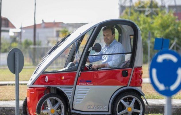 Τρίκαλα: Άρχισαν να κυκλοφορούν στους δρόμους τα πρώτα ηλεκτρικά οχήματα