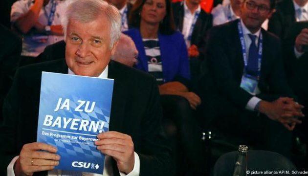 Πάγωσε το χαμόγελο του Ζεεχόφερ – Γκρεμίζεται το CSU στη Βαυαρία