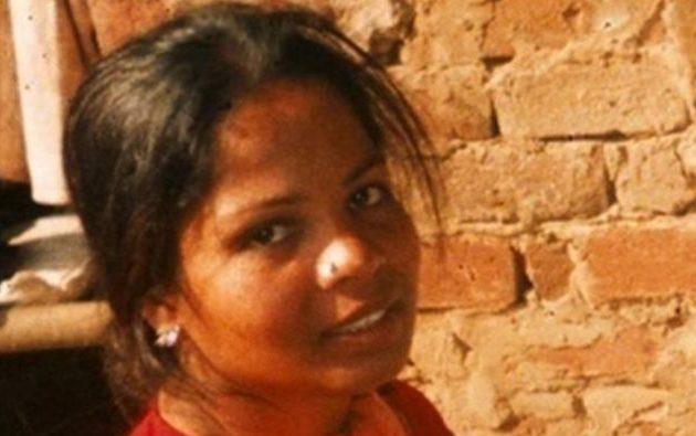 Το Ανώτατο Δικαστήριο του Πακιστάν αποφασίζει εάν θα κρεμάσει τη χριστιανή Άσια Μπίμπι