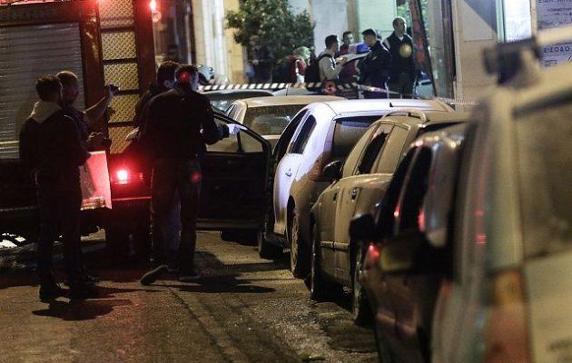 «Αντίποινα» στη «δολοφονία του Ζακ Κωστόπουλου» η επίθεση με μολότοφ στο ΑΤ Ομόνοιας